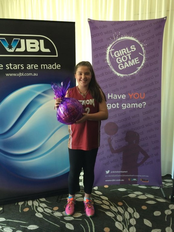 Eleanor was presented with her award at the Girls Got Game & Women in  Basketball Luncheon on Monday 21/09 at Green Acres Golf Club.